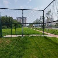 安康市免费的b2b平台围栏网 体育场围网 免费的b2b平台隔离网